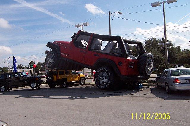 Hummer Vs Wrangler >> Jeep Wrangler JK vs. Hummer H3 | jeepfan.com