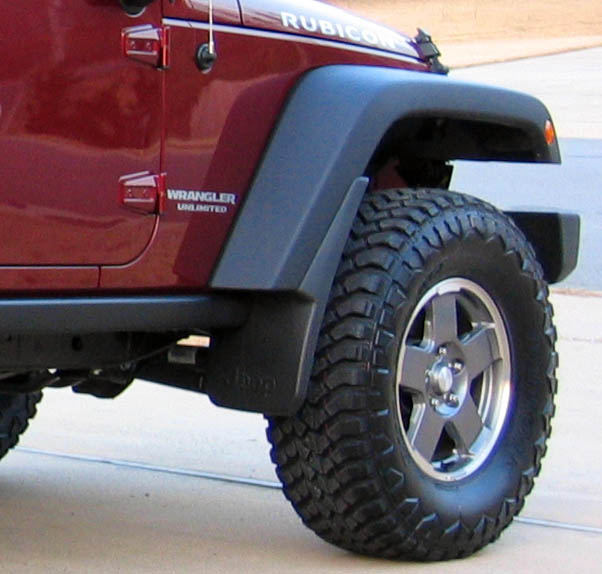 protect your jeep 39 s exterior with a pair of mud flaps and. Black Bedroom Furniture Sets. Home Design Ideas
