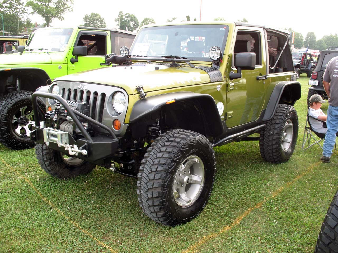 pa jeeps 18th annual all breeds jeep show pictures. Black Bedroom Furniture Sets. Home Design Ideas