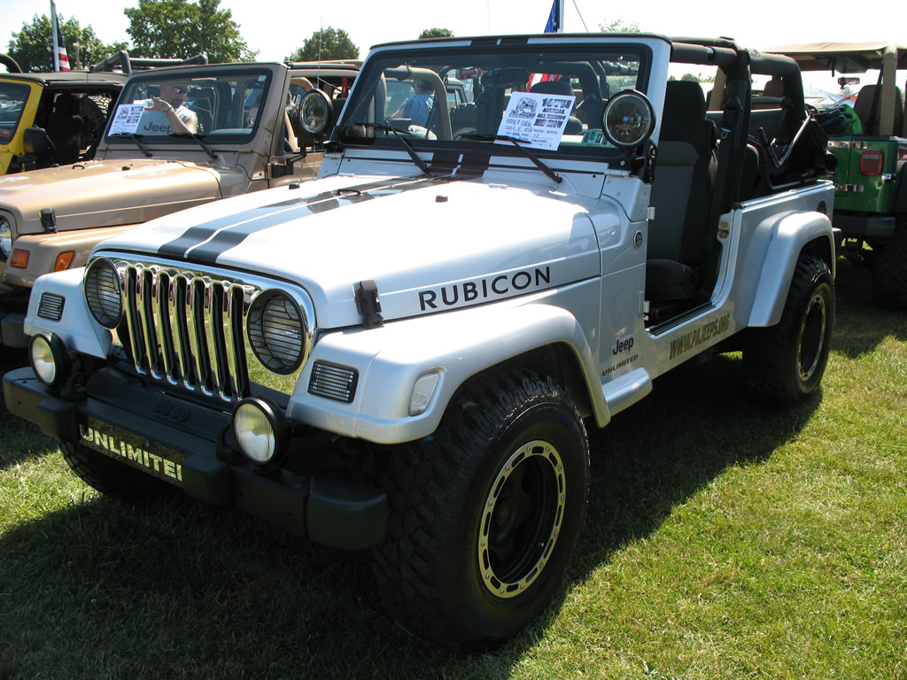 Is The 2014 Jeep Wrangler Available With A V8 Autos Post