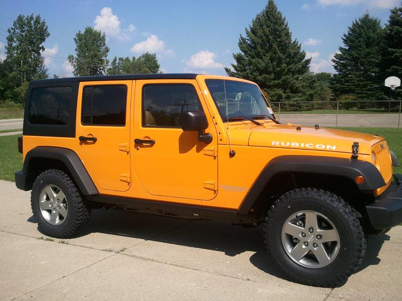 Real Dozer Color pic - Jeep Wrangler Forum