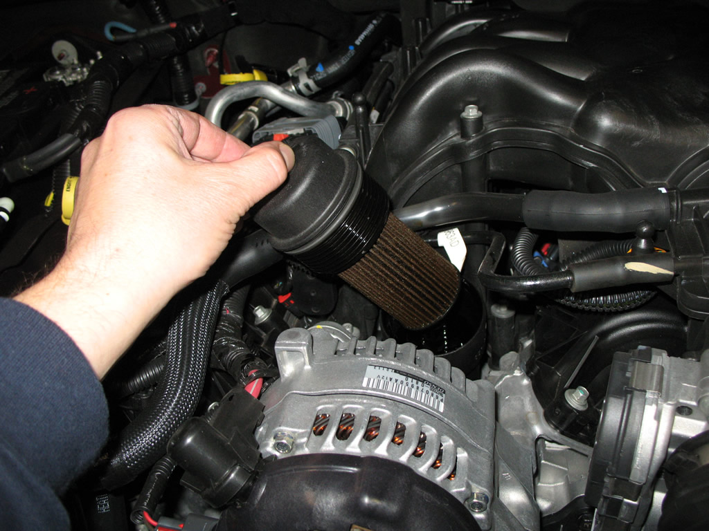 jeep wrangler pentastar 3.6l oil change how to mopar diy | jeepfan