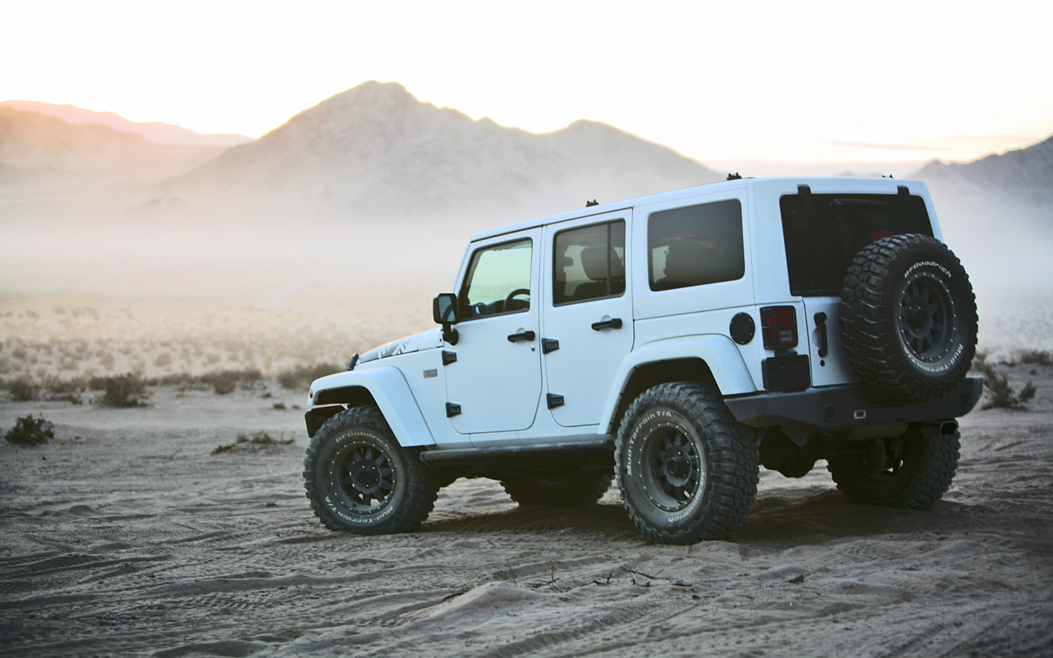 white jeep wrangler unlimited – clean | jeepfan