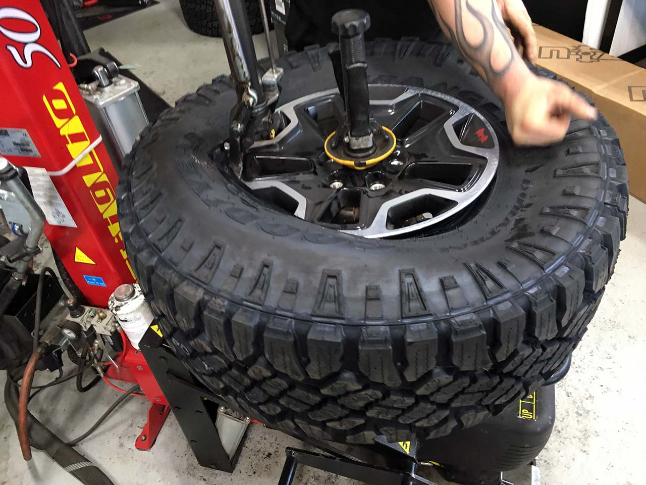 duratrac tires goodyear 315 70r17 mounting jeepfan
