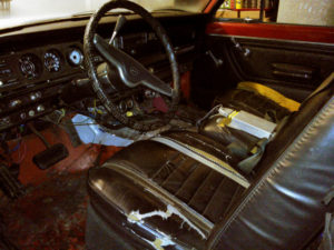 74cherokee-interior