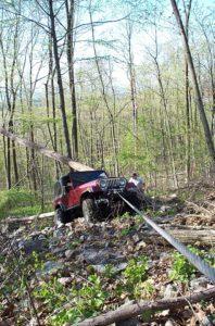 jeep-winching-uphill