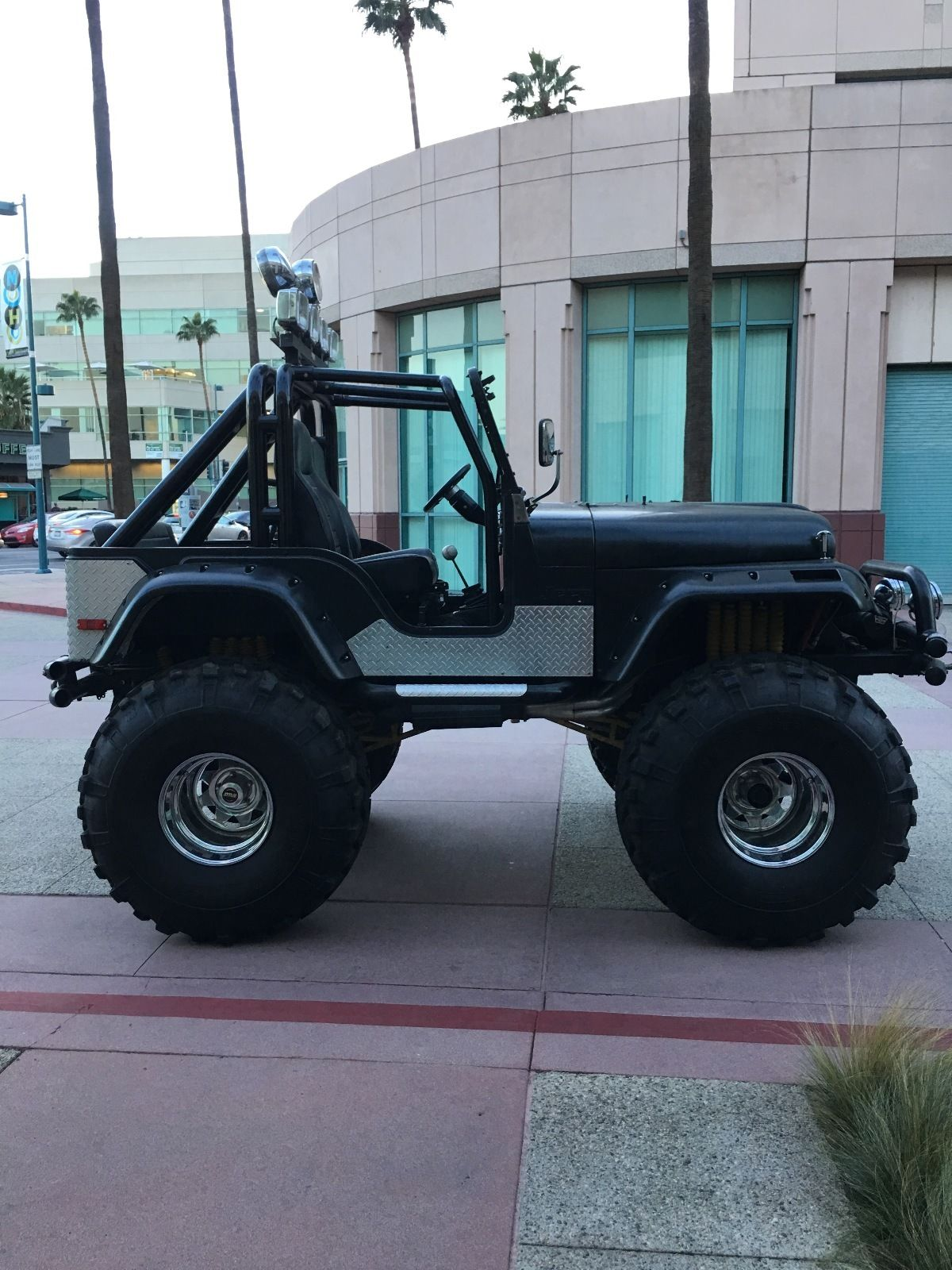 73 Cj 5 High Lift Monster Amc V8 Swamper Tires Jeepfan Com