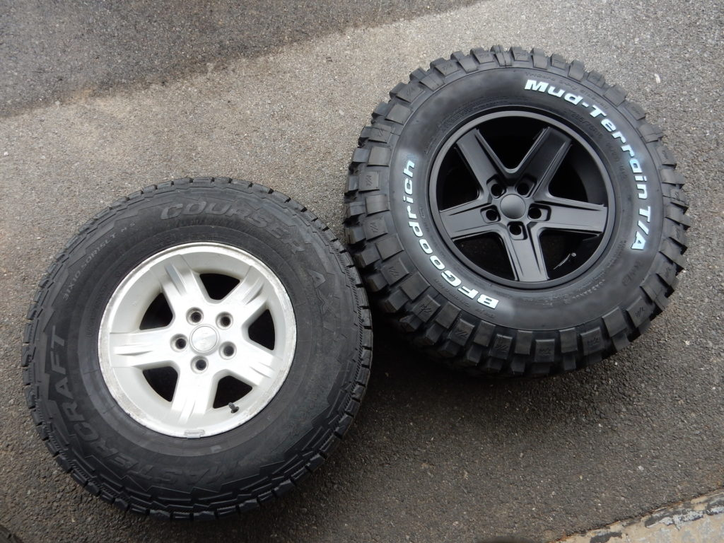 White Lifted Jeep >> BFGoodrich Mud Terrain on Rubicon Extreme Wheels | jeepfan.com