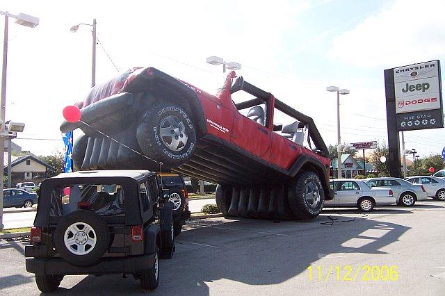 Jeep Unlimited Lift Kit >> Jeep Wrangler JK vs. Hummer H3 | jeepfan.com