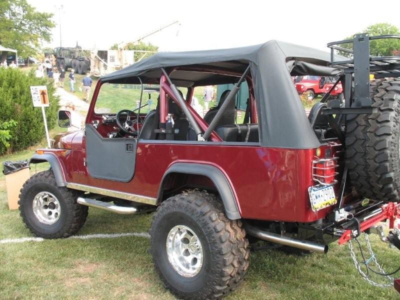 Jeep Scrambler Interior >> Frank's 1982 Jeep CJ-8 Scrambler Jeff Daniels Featured Jeep | jeepfan.com