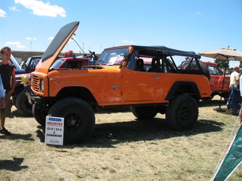 Orange Jeep Commando 2007 Pa Jeep Show Favorite