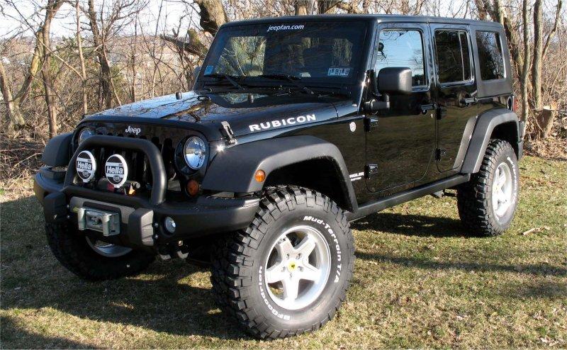AEV Pintler Wheels and BFG Mud Terrain KM2 Tires | jeepfan com