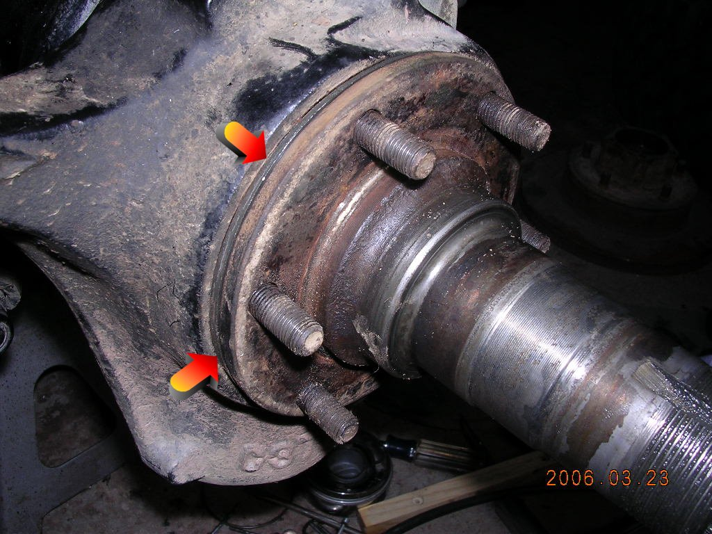 Dana 44 Front Spindle : Installing camber adjustment shims dana and