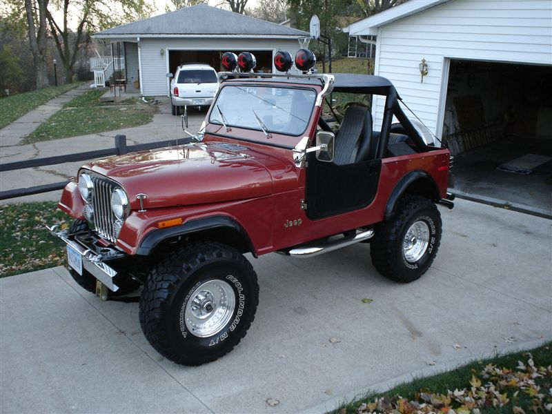79 jeep cj 7 amc 258 quadratrac turbo 400 jeepfan on the outside of the jeep is a rotobar light bar above the windshield with 4 kc lights chrome parts are practically littered on the body including the aloadofball Images