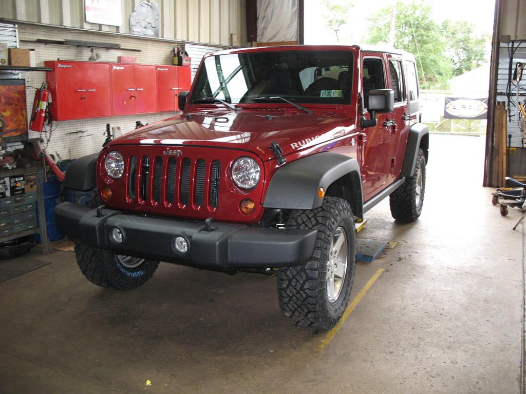 864959dec63 Goodyear Wrangler Duratrac 285 75R17 Tires Installed Wrangler ...