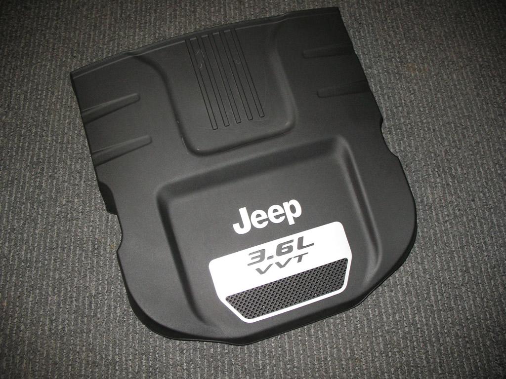 Jeep Wrangler Pentastar 36l Oil Change How To Mopar Diy Engine Crankcase Cover Removed