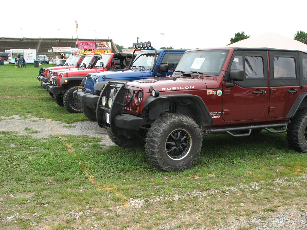 pa jeeps 17th annual all breeds jeep show 2012 page 3 pictures. Black Bedroom Furniture Sets. Home Design Ideas