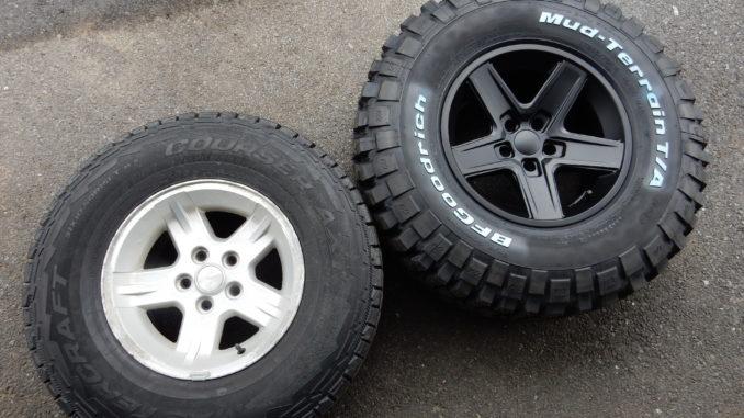 Jeep Mud Tires Quadratec >> Bfgoodrich Mud Terrain On Rubicon Extreme Wheels Jeepfan Com