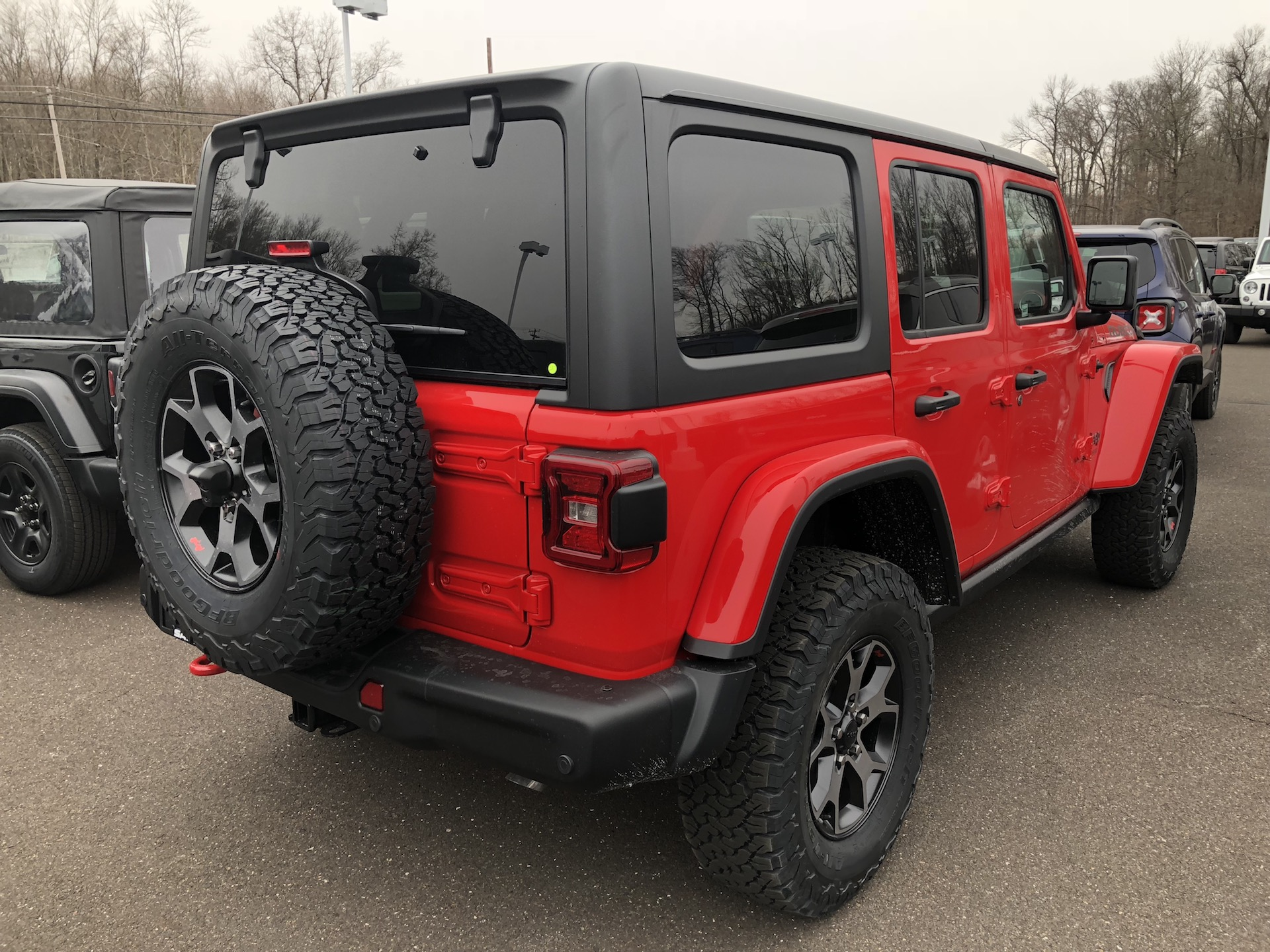 A A as well Jeep Wrangler Unlimited Sport Miles Granite Crystal Metallic Clear Coat furthermore L A X further Jeep Wrangler Jl Jlu Jt Img as well Tj M. on jeep wrangler keyless entry